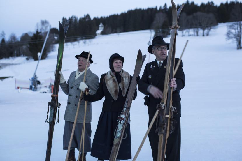 Historische Skifahrer am Skilift Altglashütten.