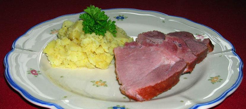 Schäufele und Kartoffelsalat