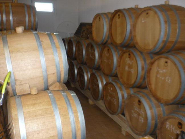 Whisky Fässer in der Kinzig-Brennerei in Biberach