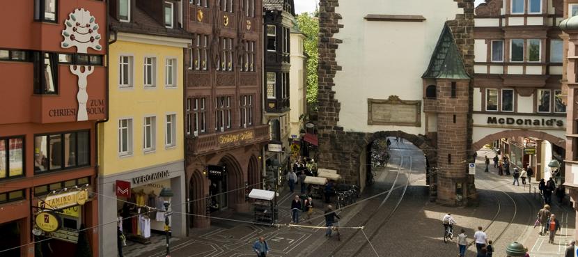 Freiburg Martinstor_© FWTM-Schoenen