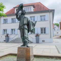 """Grimmelshausenbrunnen """"Jäger von Soest"""""""