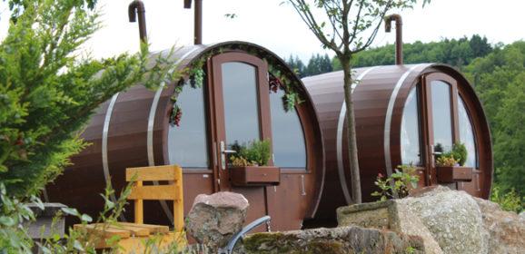 Schlafen in einem 8000 Liter großen Weinfass
