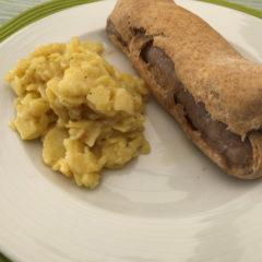 Bratwurst im Brotteig